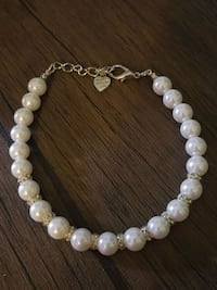 Imitation Pearl Dog Necklace Toronto, M5B 2B9