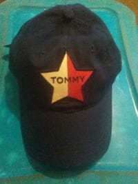 ????Authentic tommy Hilfiger strap back