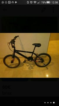 black BMX bike captura de pantalla