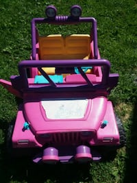 pink and purple ride on toy power wheels  Jonesborough, 37659