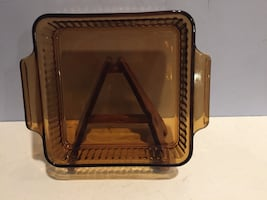 """Fire King Anchor Hocking Amber 8"""" Ribbed Casserole Dish."""