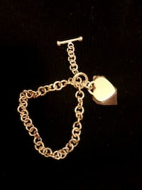 silver link bracelet with heart pendant Mississauga, L5B 3X7