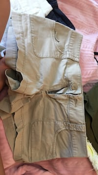 Mossimo supply co tan shorts size 7. great condition