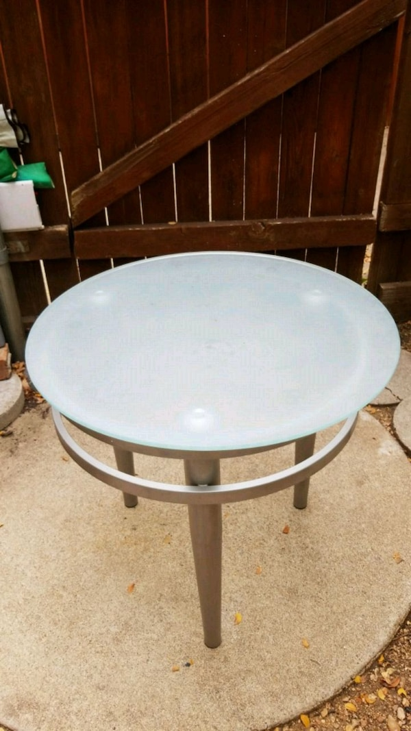 Round White Wooden Coffee Table