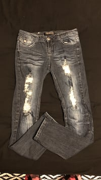 distressed blue-washed jeans Gulf Shores, 36542