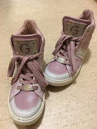 Guess shoes, size 35/36