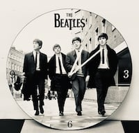 Beatles Black and white wall clock Chicago, 60626