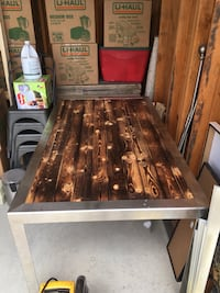 Kitchen table or garage tool table Bakersfield