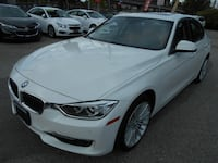 2014 BMW 328I xDrive WITH NAV SUNROOF Surrey, V3T 2T3