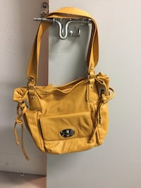 Shoulder bag leather mustard gold