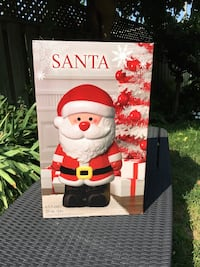25 Inch resin Santa Clause (Ho, Ho, Ho!!!) 539 km