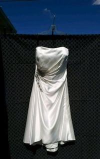 Formal/Wedding/Reception Dress sz 10