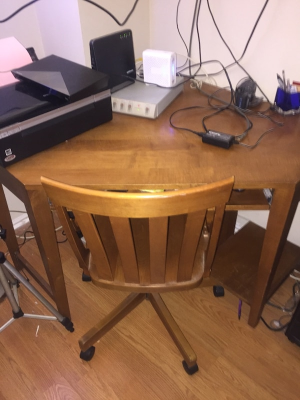 Ethan Allen Corner Desk And Chair Solid Wood