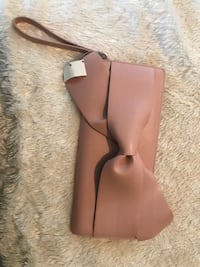 Beautiful Ladies clutch purse/wallet West St. Paul, 55118