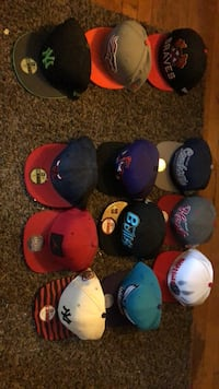 9 snap backs 3 fitted Lakewood, 08701