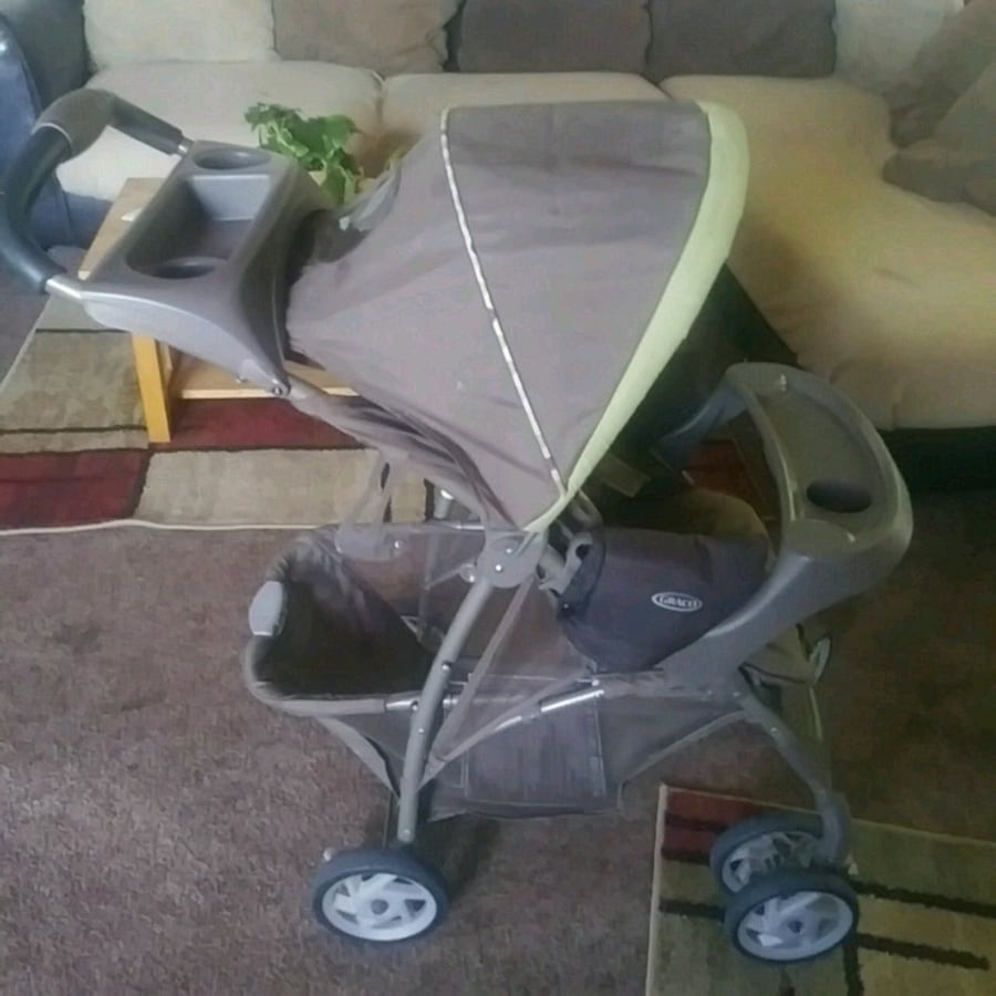 Graco stroller gently used