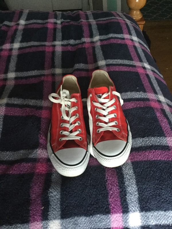 c8dde35b3288 Used I have two pair of converse. I have a red pair and a blue pair. They  are both size 7.5 in men. for sale in Grantville - letgo