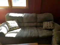 Couch and love seat Warren, 44484