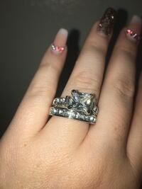 Size 9 New wedding set in sterling silver firm price  San Antonio, 78227