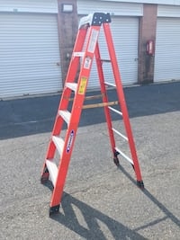 Werner 6 ft Fiberglass Step Ladder 300 lb capacity NXT1A06 Fairfax, 22031