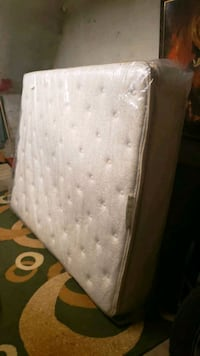 THERAPEUTIC QUEEN SIZE MATTRESS