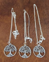 3 tree of life charms on chain Welland, L3C