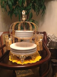 Gold Plated Plates Holder St Catharines, L2S