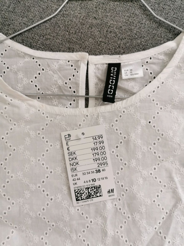 Topp fra H&M 529aa013-3106-4dce-ad02-3f020b11ad75