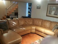 Leather sectional sofa Arlington, 22203