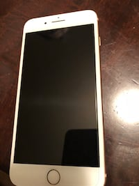 iPhone 8 Plus negotiable  에드먼턴, T6W 1X7