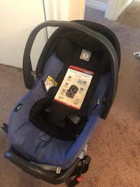 Baby's black and blue car seat  Edmonton, T5T 2K1