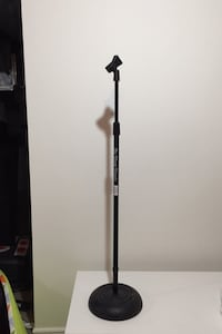 Microphone stand Newmarket, L3Y 6J6