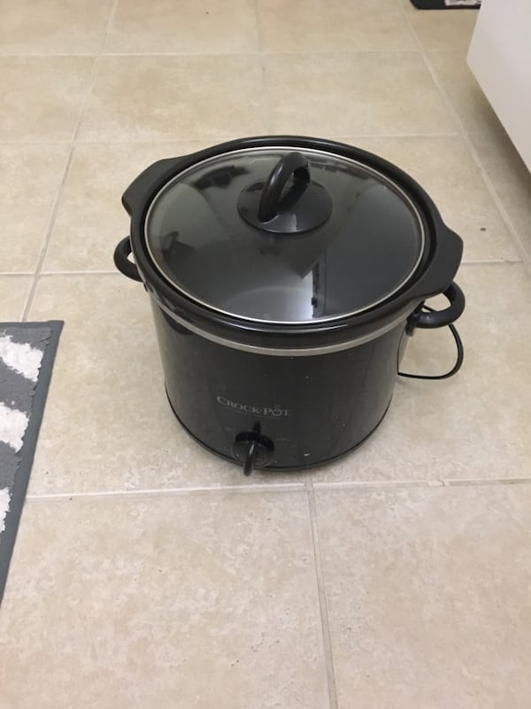 Crock-Pot SCR400-B 4-Quart Manual Slow Cooker, Black 677aef4e-4524-4ebc-a77b-af474d8ba487