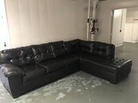 Chocolate brown leather couch great condition  Torrance, 90501