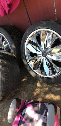 """lexi 17"""" rims  (got all 4 with tires) Greenfield, 93927"""