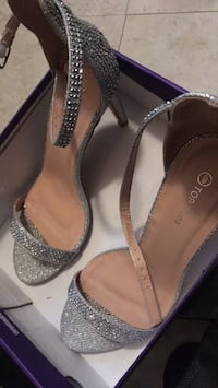 Silver heels Fort Myers, 33916