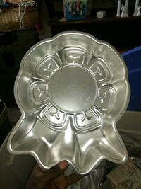 assorted cake pans ,