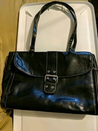 black leather 2-way handbag 29 km