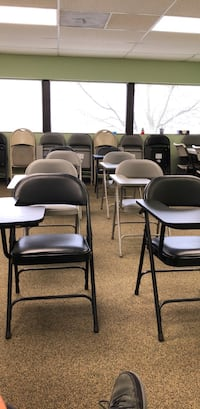 Classroom armed chairs Chantilly
