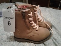 Baby/ toddler boots size 6 Calgary, T2E 1P9