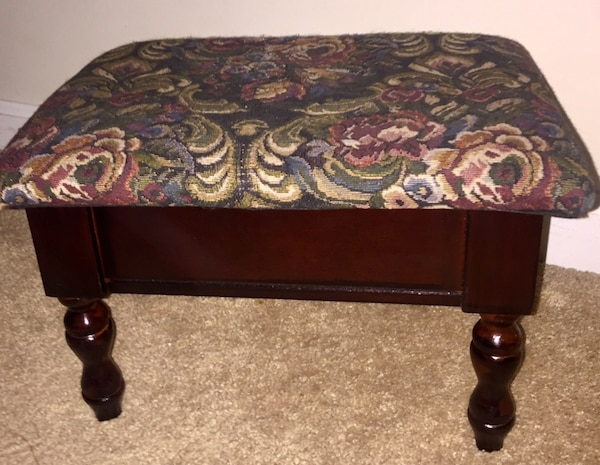 Swell Small Tapestry Storage Stool With Cherry Wood Finish Short Links Chair Design For Home Short Linksinfo