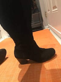 Knee high suede boots size 7.5 *UK* Toronto, M4E 2H5