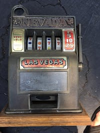 Old toy slot machine