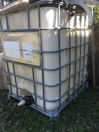 Water Tank - Container 275 Gallons