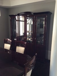 Dining set with 6 chairs Brampton, L7A 3T7