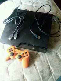Sony PS3 slim console with two controllers Detroit, 48224