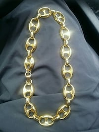 gold link chain necklace with lobster lock Vancouver, V6Z