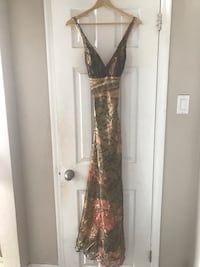 Evening gown  Mississauga, L4X 1B6