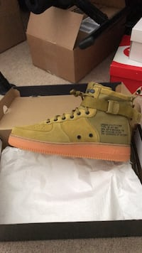 Brand new size 12 Nike Air Force 1 저먼타운, 20874