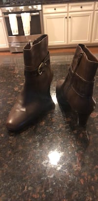 Brown boot size 8 - Great condition   40 Broadlands, 20148